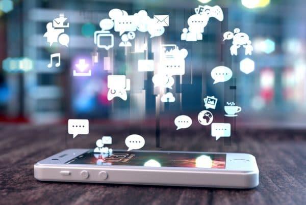 Plus en minpunten van sociale media